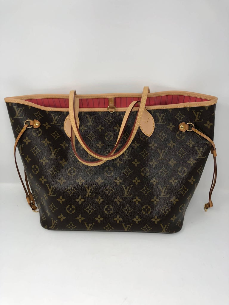 482ccfb97e64 Black Louis Vuitton Neverfull MM Limited Edition V Pink Brown For Sale