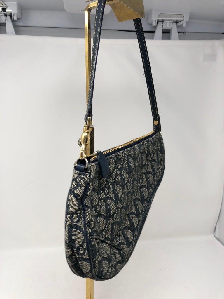 e8e15b8c657f Women s or Men s Christian Dior Monogram Denim Saddle Bag For Sale