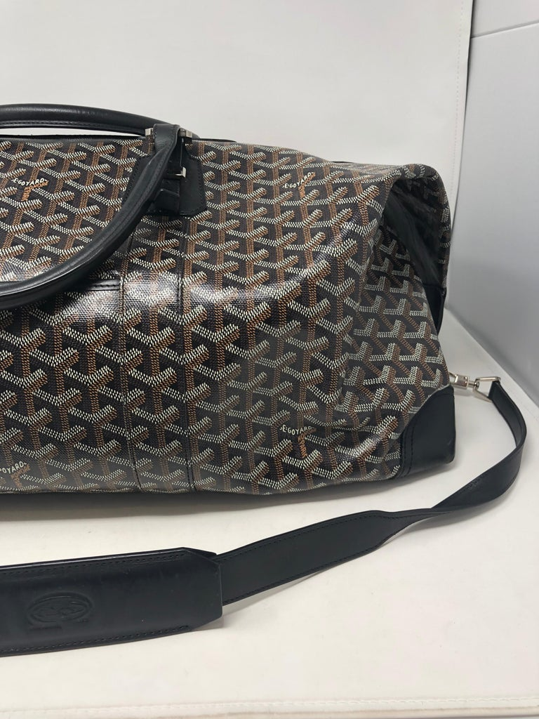 Goyard 55 Duffel Bag  In Good Condition For Sale In Athens, GA