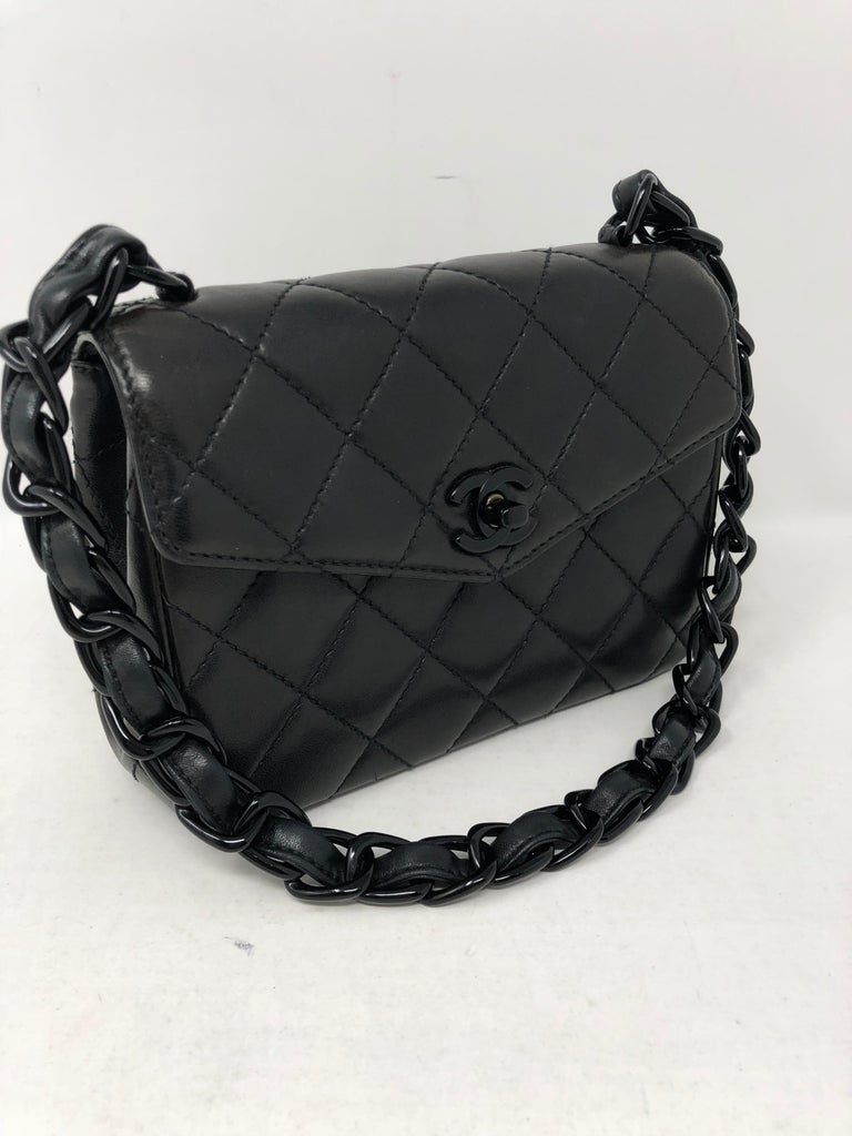 e94ca0cf0ad1d2 Women's or Men's Chanel So Black Mini For Sale