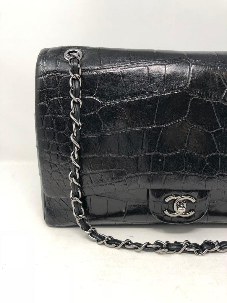 Women's or Men's Chanel Crocodile Black Jumbo Bag For Sale