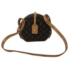 Louis Vuitton Boite Chapeau Souple Monogram Bag