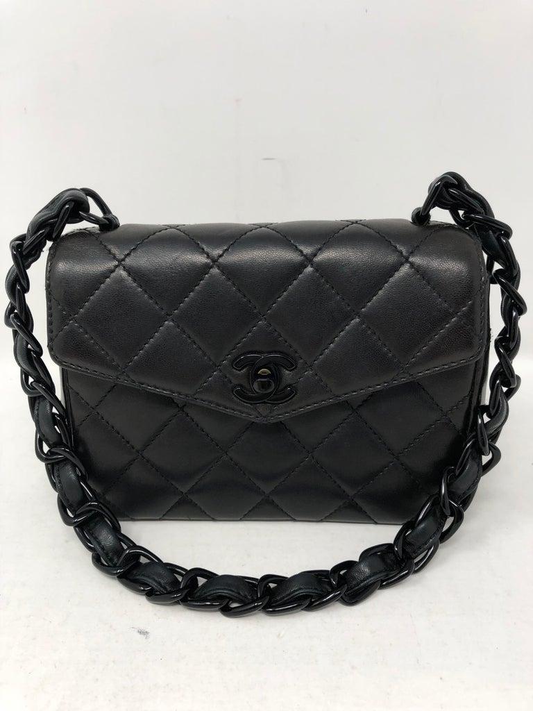 c8a72dd2c86da6 Chanel So Black Mini In Excellent Condition For Sale In Athens, GA