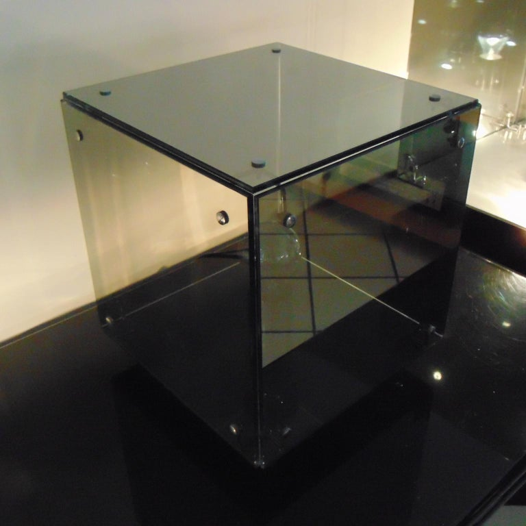 A.R.D.I.T.I. Table Lamp Smoked Gray Mirrored Glass Prismar 2, Sormani 1972  For Sale 5