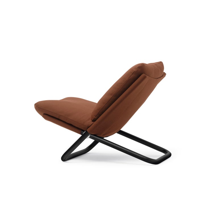 Italian Arflex Cross Low Backrest Armchair in Brown Steelcut Fabric by Marcello Cuneo For Sale