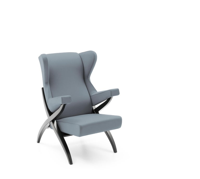 Symbol of comfort, Fiorenza armchair appears in Pirelli's 1950s advertisement as symbol of the foam rubber potential, considered at that time the most technologically advanced material used in upholstered furniture.  Additional