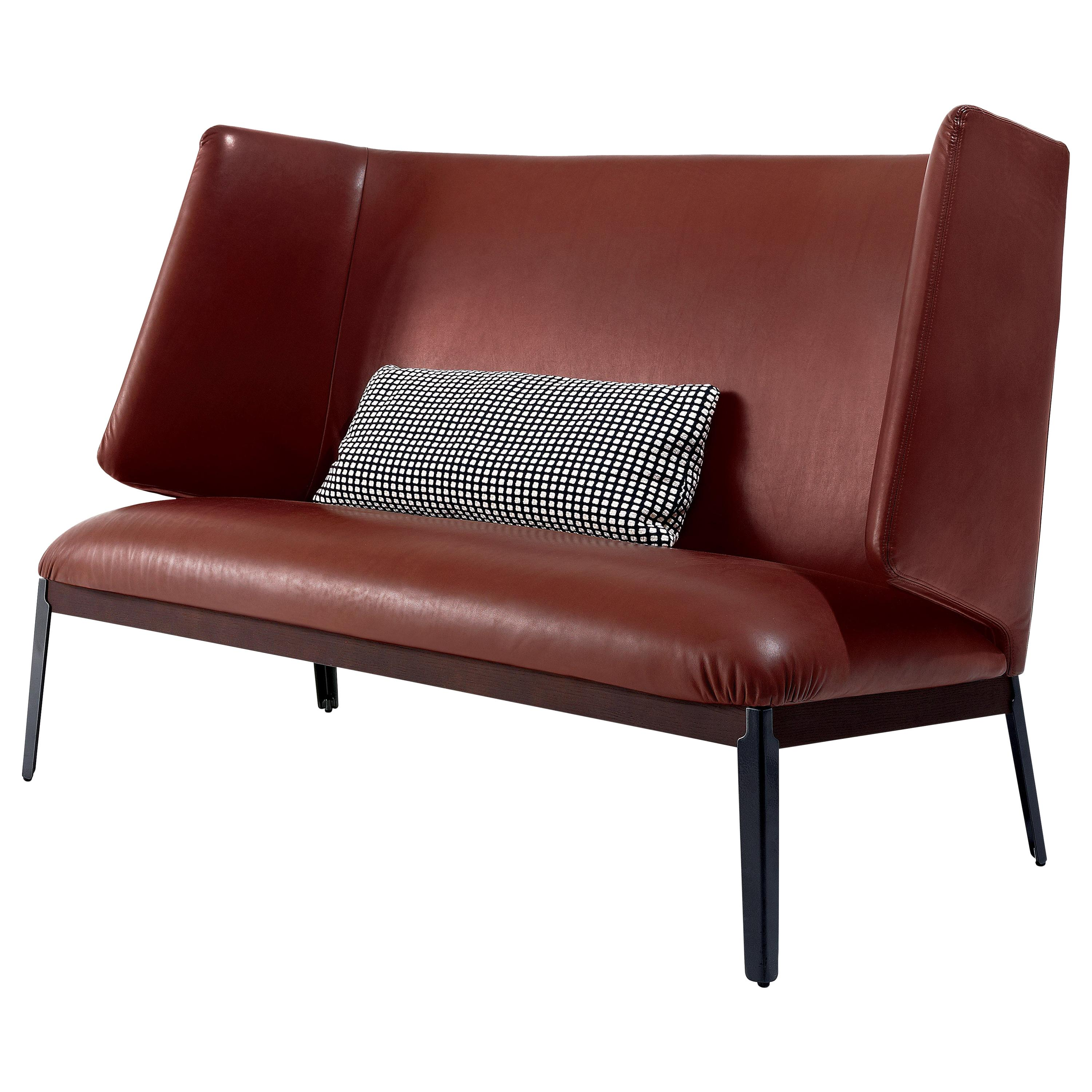 Arflex Hug Love Seat high back and armrest in Perla Leather by Roberto Menghi