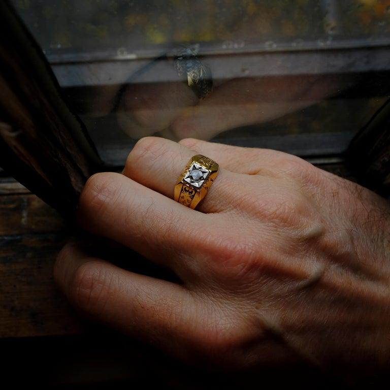 Men's Diamond Ring Tudor Style, 1940s For Sale 4