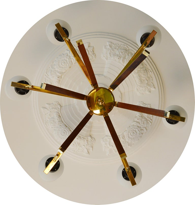 Arlus French Midcentury Chandelier, 1960s In Excellent Condition For Sale In Saint-Amans-des-Cots, FR