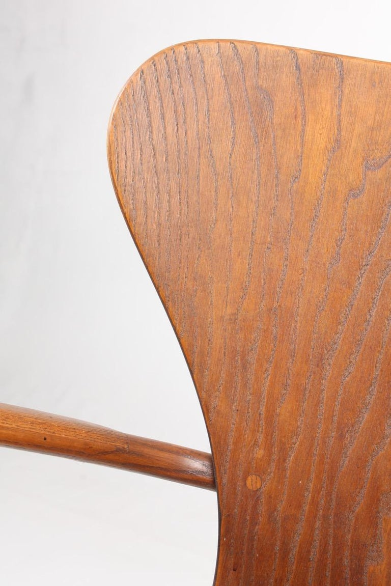 Danish Armchair in Oak and Patinated Leather by Fritz Hansen, 1940s For Sale