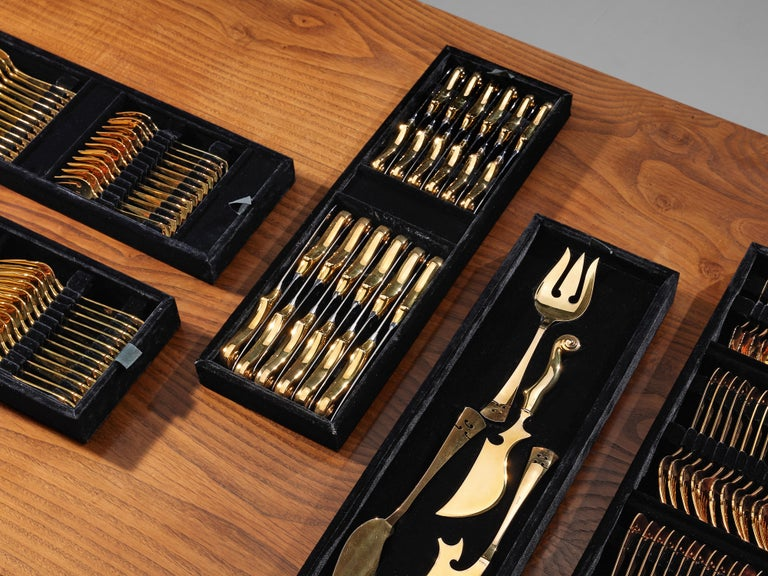 Arman 'Violon' Cutlery Service with 116 Pieces in Artistic Cabinet In Good Condition For Sale In Waalwijk, NL