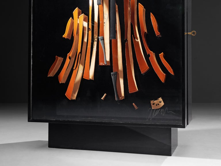 Late 20th Century Arman 'Violon' Cutlery Service with 116 Pieces in Artistic Cabinet For Sale