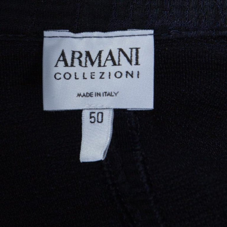 Armani Collezioni Navy Blue and Purple Animal Pattern Jacquard Jacket XL In Excellent Condition For Sale In Dubai, Al Qouz 2