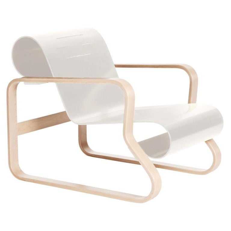 "Armchair 41 ""Paimio"" in Birch and White by Alvar Aalto and ..."