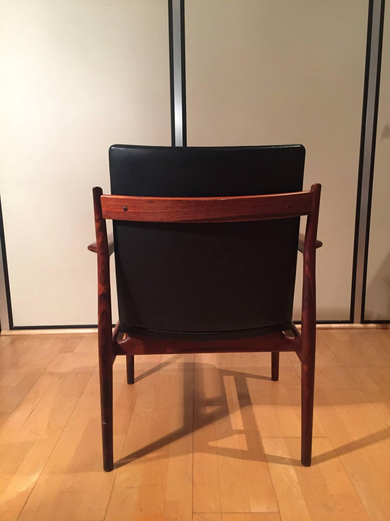 Scandinavian Modern Armchair Arne Vodder for Sibast Rosewood Model 431 For Sale