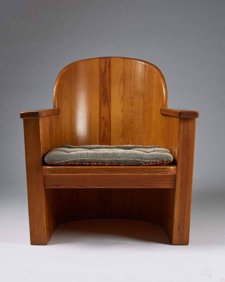Scandinavian Modern Armchair Attributed to Axel-Einar Hjorth for Åby Furniture, Sweden, 1950s For Sale
