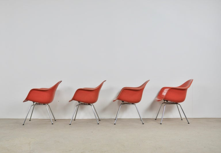 Metal Armchair by Charles & Ray Eames for Herman Miller, 1970s For Sale