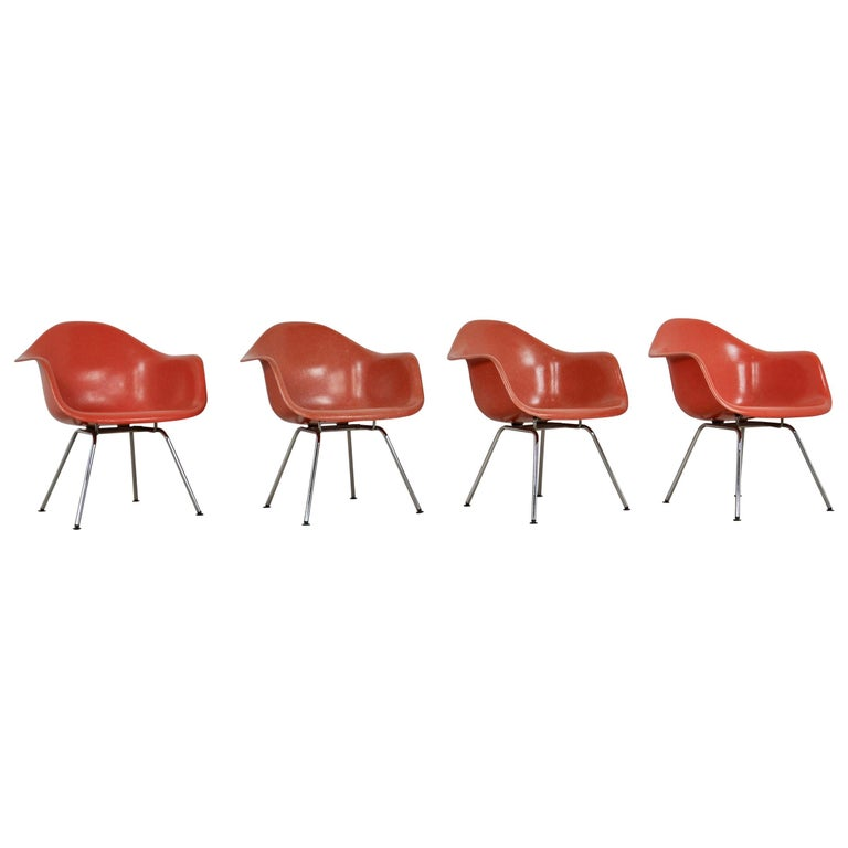 Armchair by Charles & Ray Eames for Herman Miller, 1970s For Sale