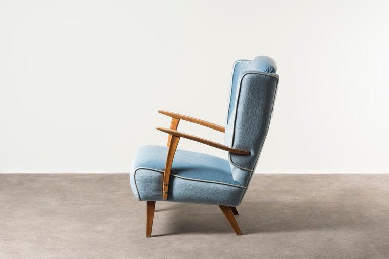 Mid-Century Modern Armchair by Gustavo Pulitzer Finali For Sale