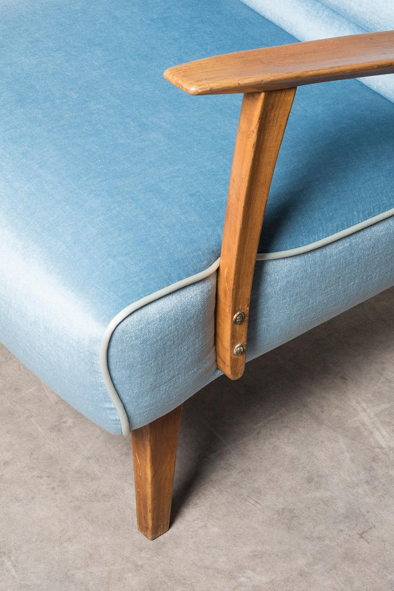 Mid-20th Century Armchair by Gustavo Pulitzer Finali For Sale