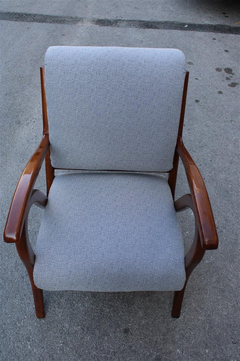 Mid-20th Century Armchair in Italian Curved Walnut Wood from the 1950s Upholstered Cushions For Sale