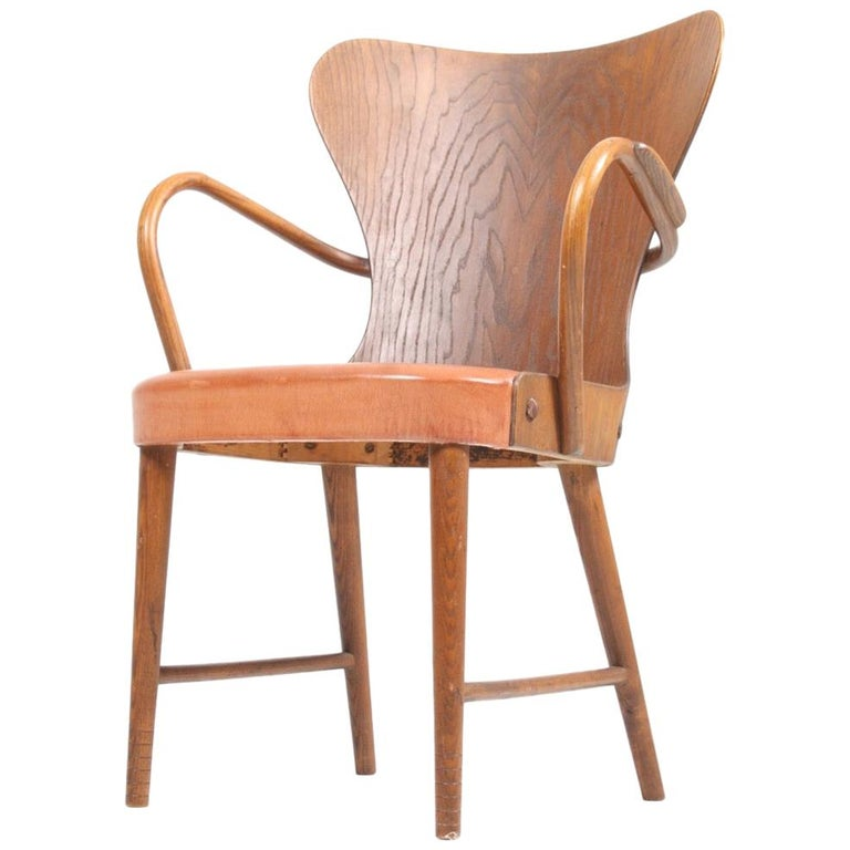 Armchair in Oak and Patinated Leather by Fritz Hansen, 1940s For Sale