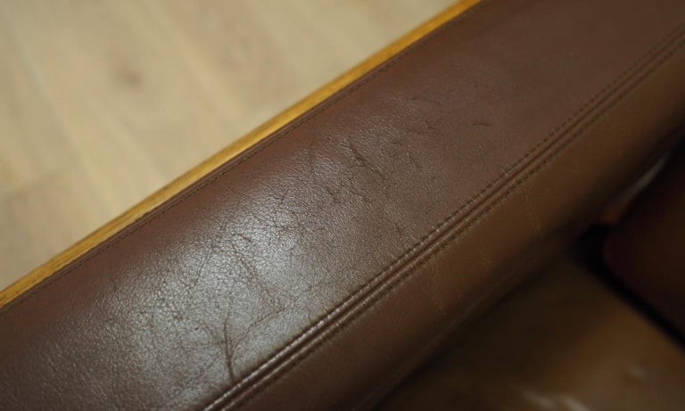 Armchair Leather Vintage Scandinavian Design For Sale 4