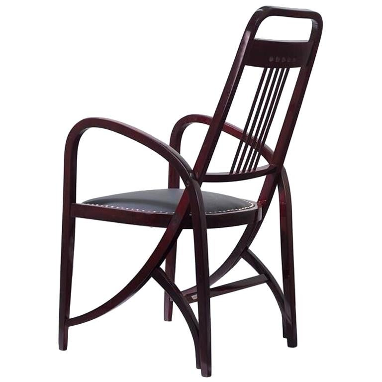 Armchair Model 511 by Gebrüder Thonet Vienna, circa 1904 For Sale