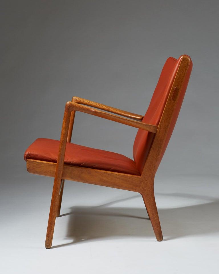 Armchair Model AP16 Designed by Hans Wegner for AP Stolen, Denmark, 1950s In Excellent Condition For Sale In Stockholm, SE