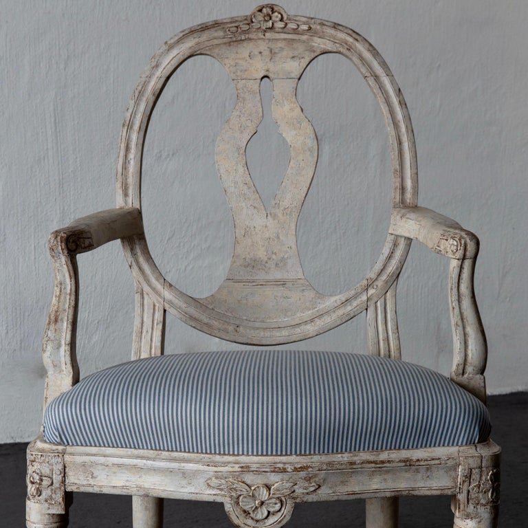 Armchair Swedish Gustavian 1775-1790 White Washed, Sweden For Sale 2