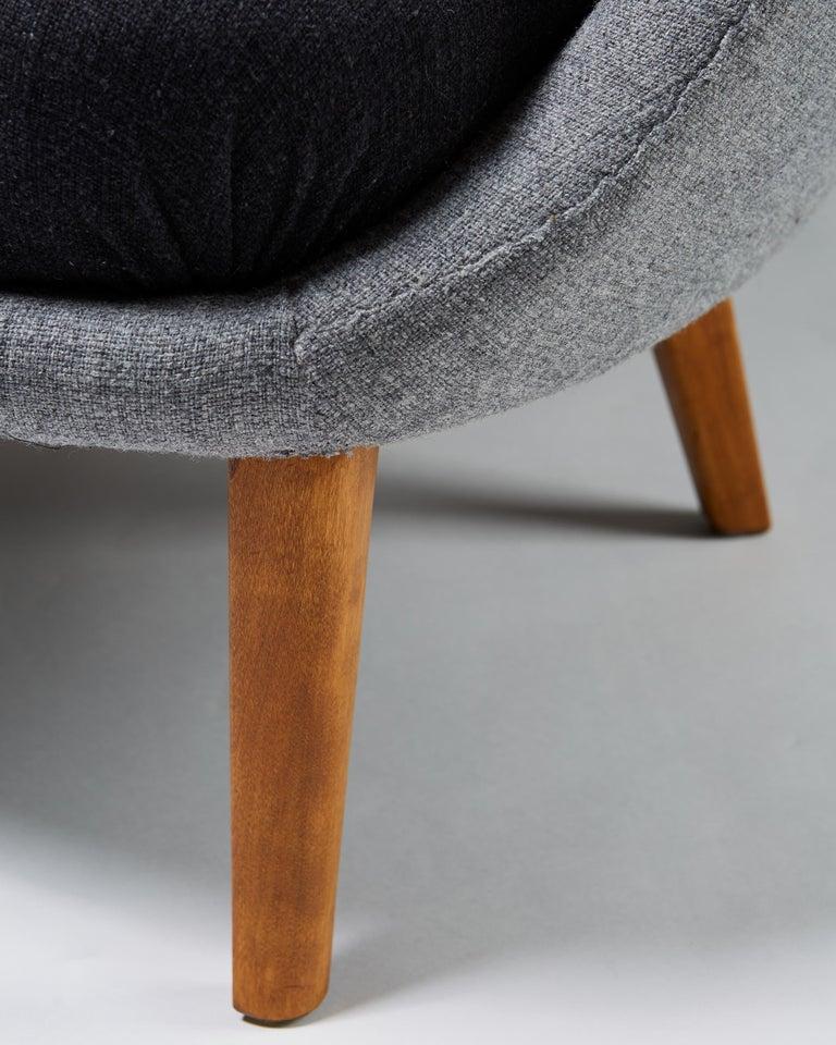 "Scandinavian Modern Armchair ""The Thumb"" Designed by Arne Norell for Gösta Westerberg, Sweden, 1952 For Sale"