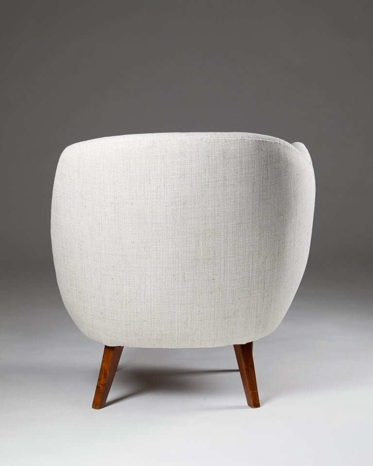 """Mid-20th Century Armchair """"The Thumb"""" Designed by Arne Norell for Gösta Westerberg, Sweden, 1952 For Sale"""