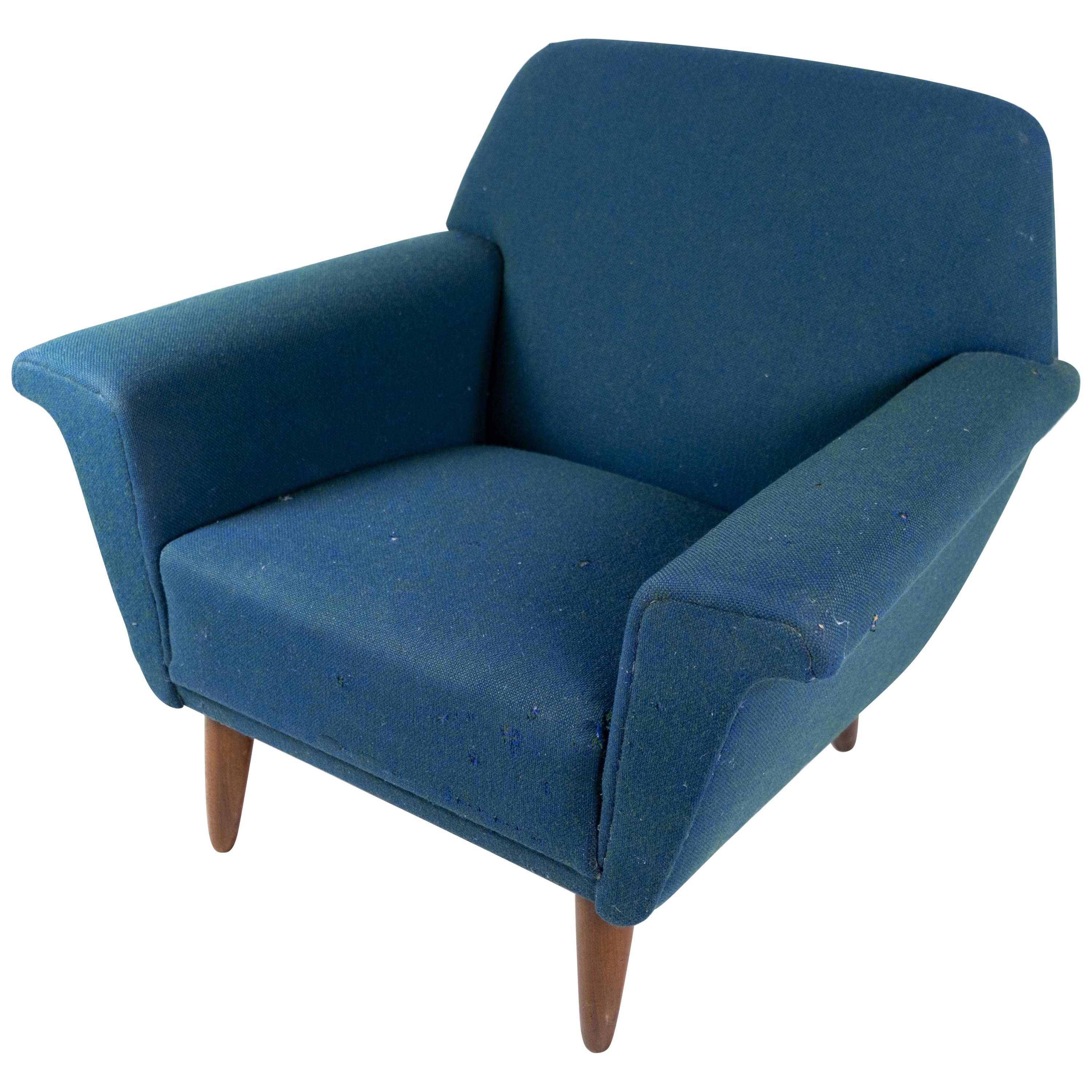 Armchair Upholstered with Dark Blue Wool Fabric and Legs in Dark Wood, 1960s