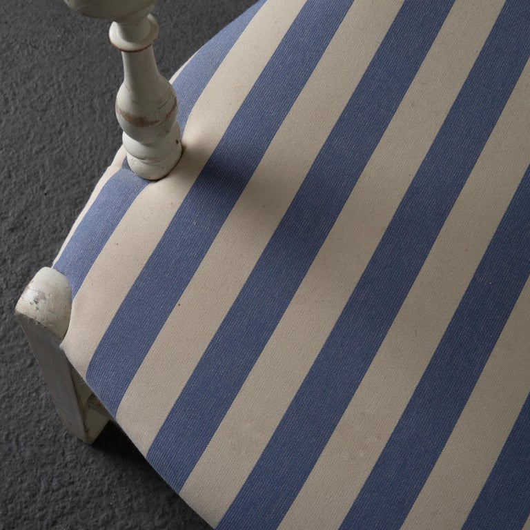 Armchair White French 19th Century Blue and White Upholstery, France For Sale 3