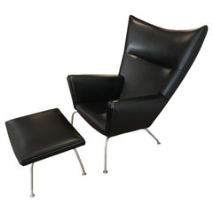 Armchair 'Wing chair' with Stool in Leather, Design Hans J. Wegner