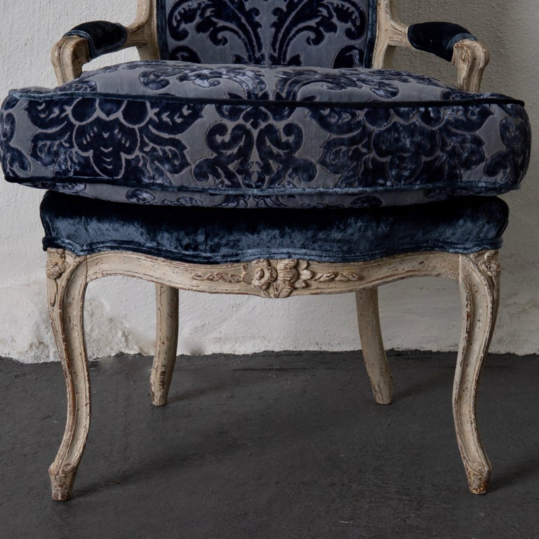 Pair of French Armchairs White Blue Louis XV Period Velvet, France For Sale 1
