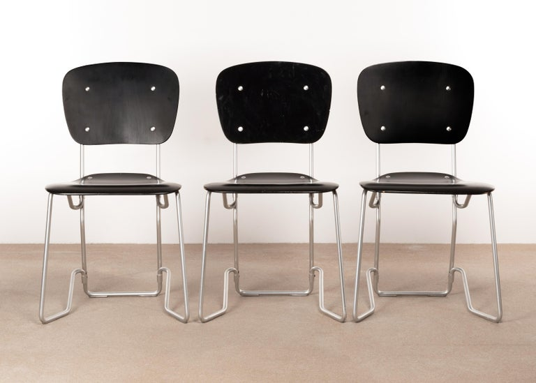 Armin Wirth Early Folding Stacking Chair in Black Plywood / Aluminum for Aluflex In Good Condition For Sale In Amsterdam, NL