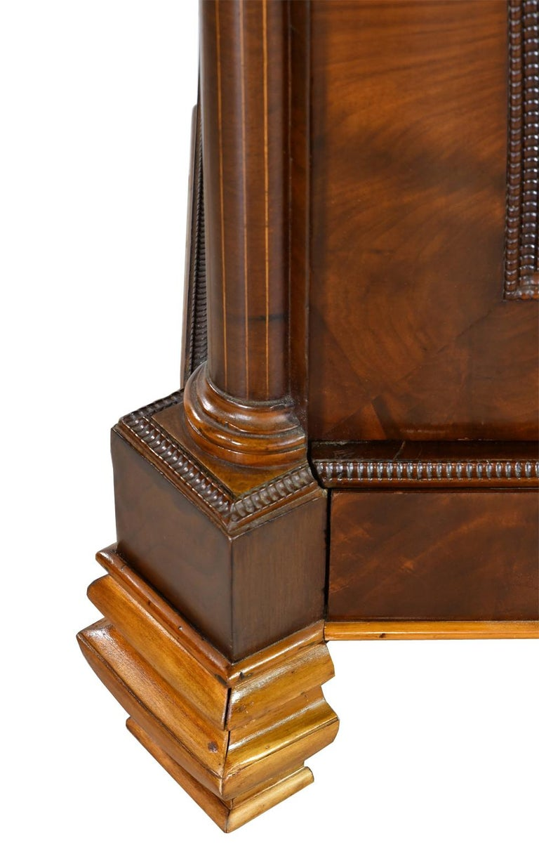 Armoire in West Indies Mahogany, Northern Europe, circa 1825 For Sale 9