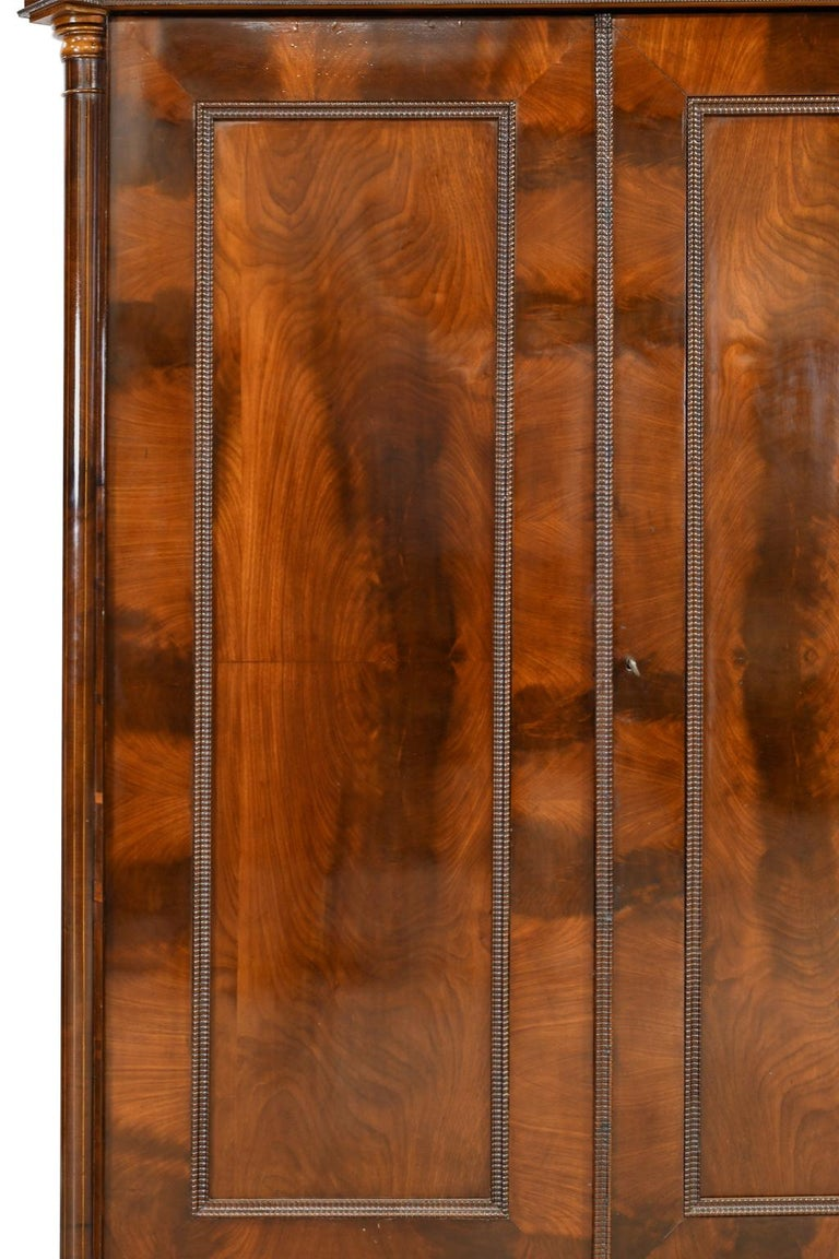 Armoire in West Indies Mahogany, Northern Europe, circa 1825 For Sale 10