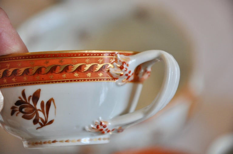 Hand-Painted Armorial Service of Samson Chinese Export Porcelain for the American Market For Sale