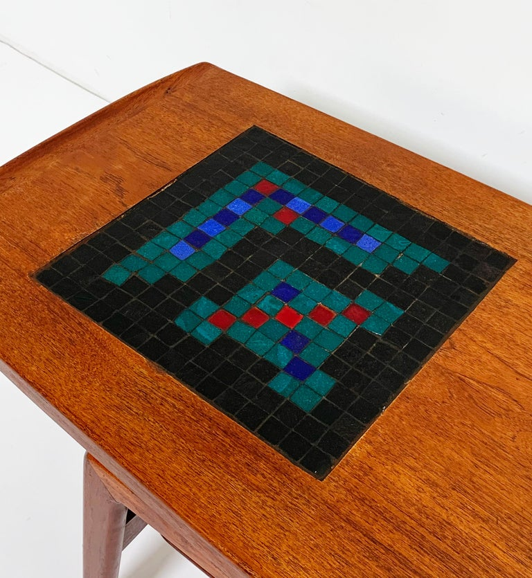 Arne Hovmand-Olsen Danish Teak Coffee Table With Glass Tile Accent, circa 1950s In Good Condition For Sale In Peabody, MA