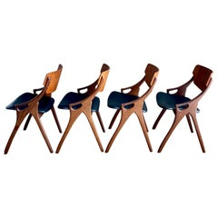 Arne Hovmand Olsen Dining Room Chairs, for Mogens Kold, Set of Four, circa 1950s