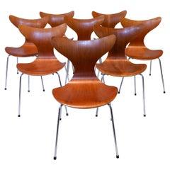 """Arne Jacobsen 3208 """"Seagull"""" Dining Chairs in Teak, 1970s Fritz Hansen Denmark"""