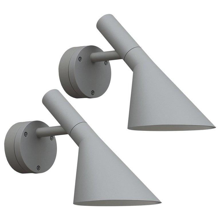 Arne Jacobsen AJ 50 Outdoor Wall Light for Louis Poulsen in Grey For Sale