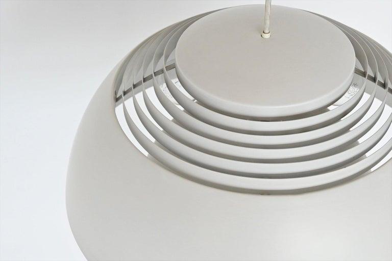 Arne Jacobsen AJ Royal pendant lamp Louis Poulsen Denmark 195 In Good Condition For Sale In Etten-Leur, NL
