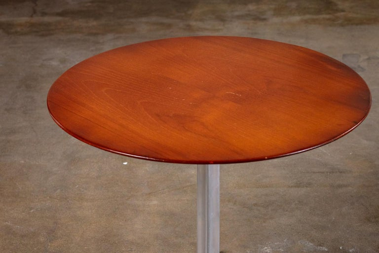 Mid-Century Modern Arne Jacobsen and Fritz Hansen Side Table For Sale