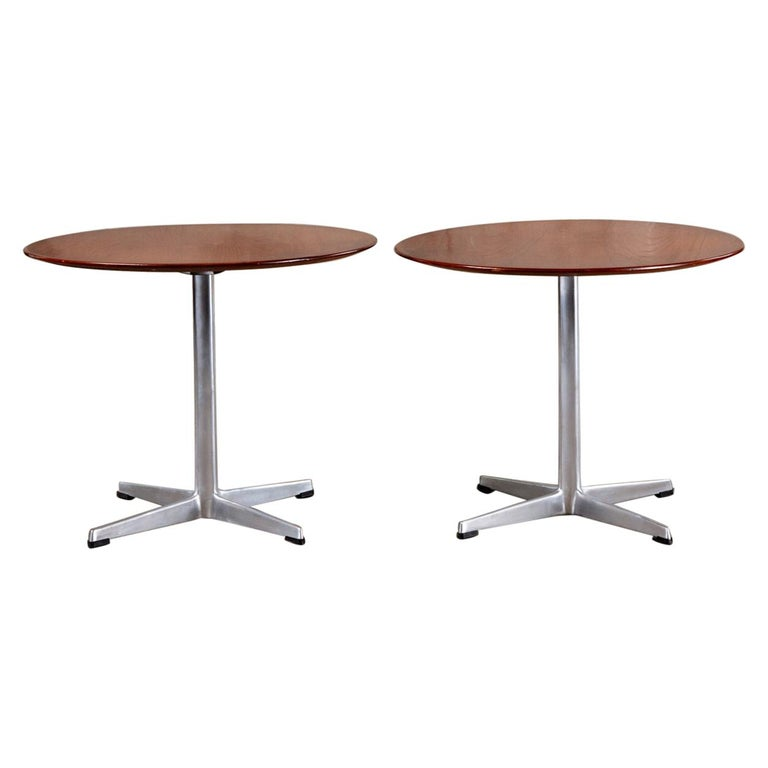 Arne Jacobsen and Fritz Hansen Side Table For Sale