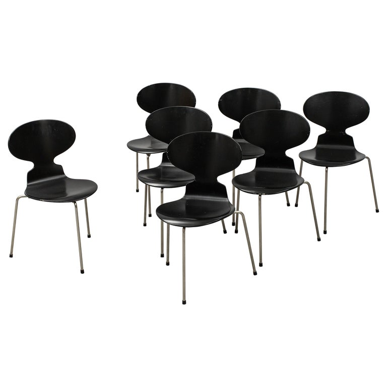Arne Jacobsen Ant Chairs, Original Set from Early Production, 1952 For Sale