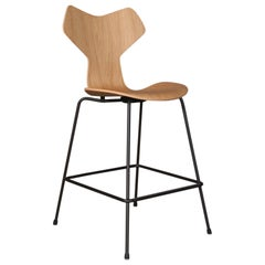 Arne Jacobsen Bar Chair