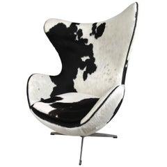Arne Jacobsen Cow-Hide Egg Chair